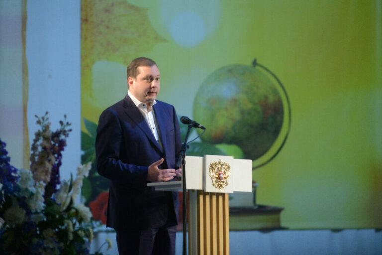 Со следующего года лучшим сельским учителям региона будет присуждаться премия имени Василия Федоровича Алешина