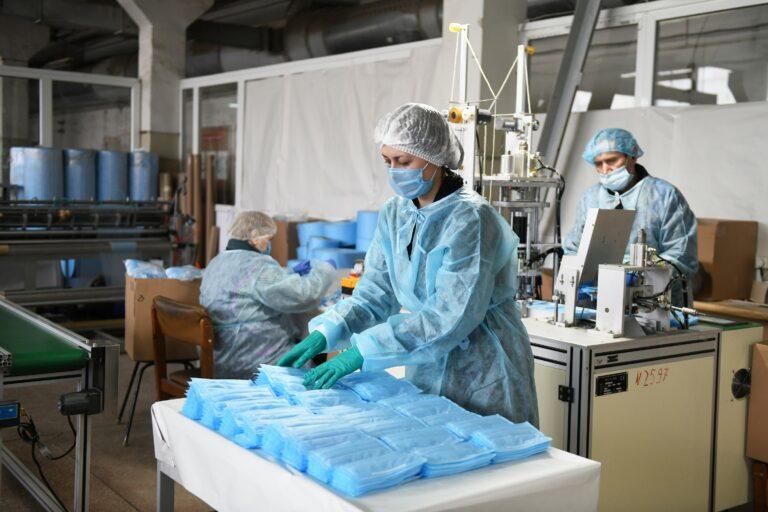 Медицинские маски появятся в ближайшее время