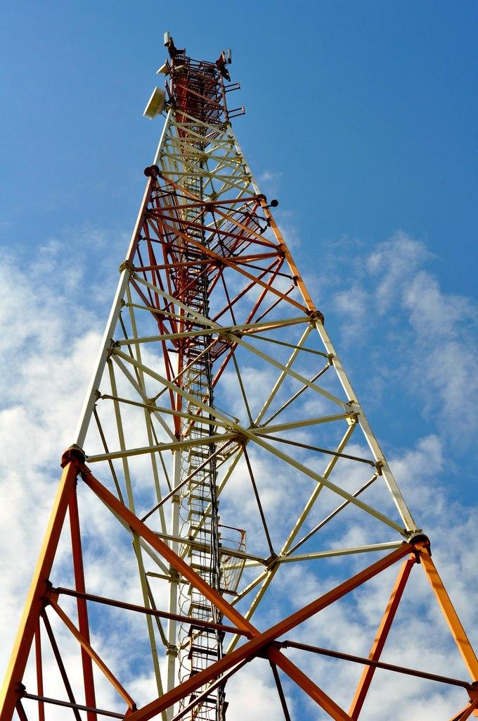 Вышки сотовой связи не представляют опасности для человека