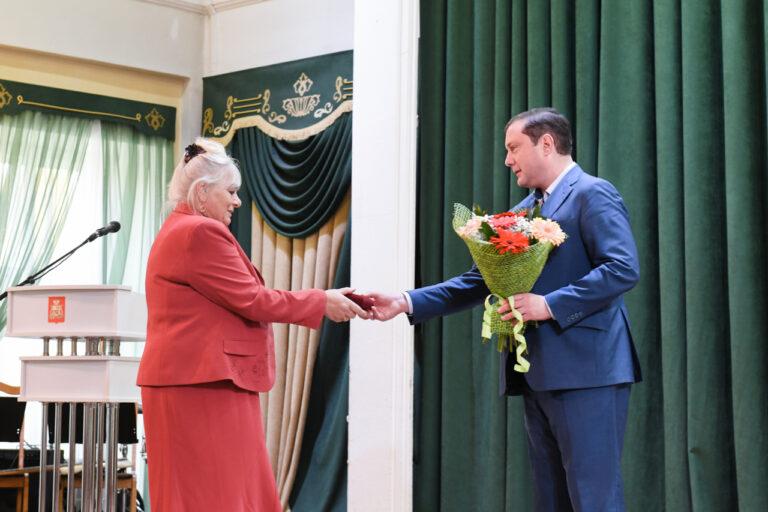 15 смолянок получили Почетный знак Смоленской области «Материнская слава» имени Анны Тимофеевны Гагариной
