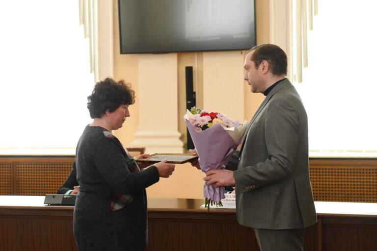 В Смоленске наградили работников скорой медицинской помощи