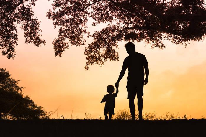 Почему стало меньше семей с детьми и больше отцов — одиночек ?